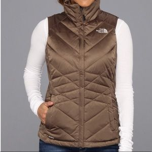 ⭐️The North Face Quilted Puffer Vest